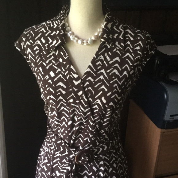 Chaps Dresses & Skirts - Chaps Brown & White Print Faux Wrap V-Neck Dress